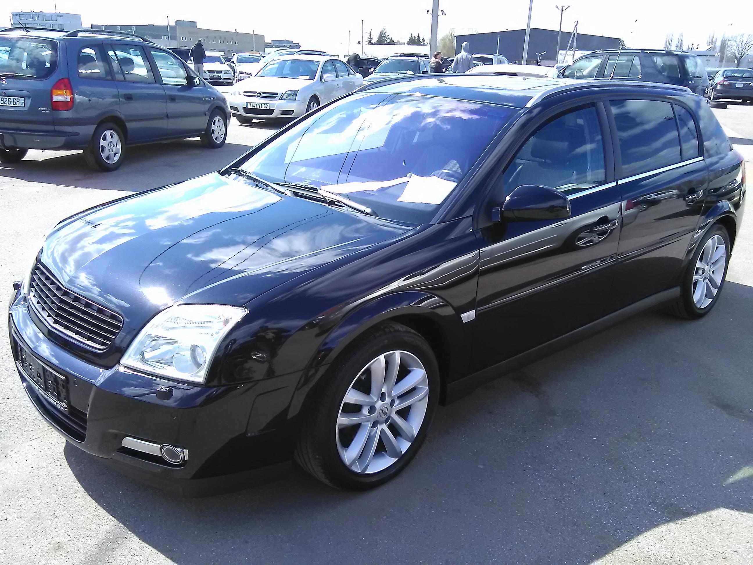 Продается Opel Signum 2,2D